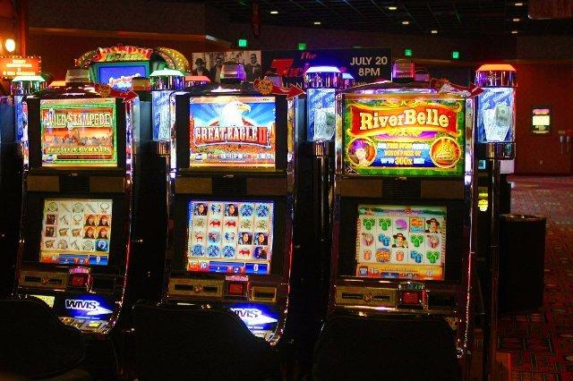 Вулкан Делюкс - щедрое казино будущего!