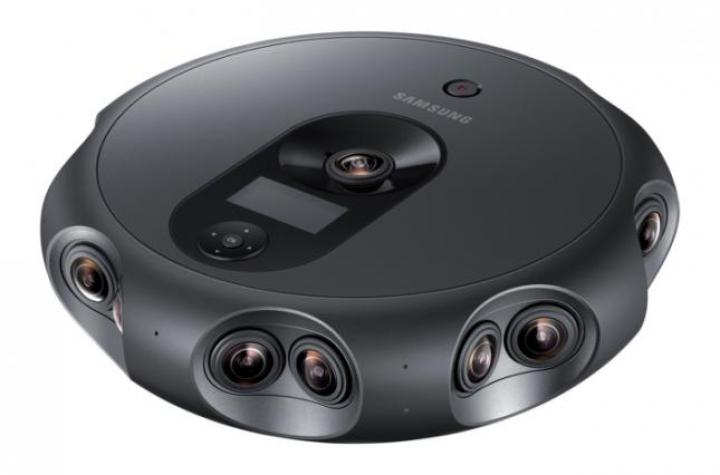 Samsung создала камеру с 17 объективами (фото)