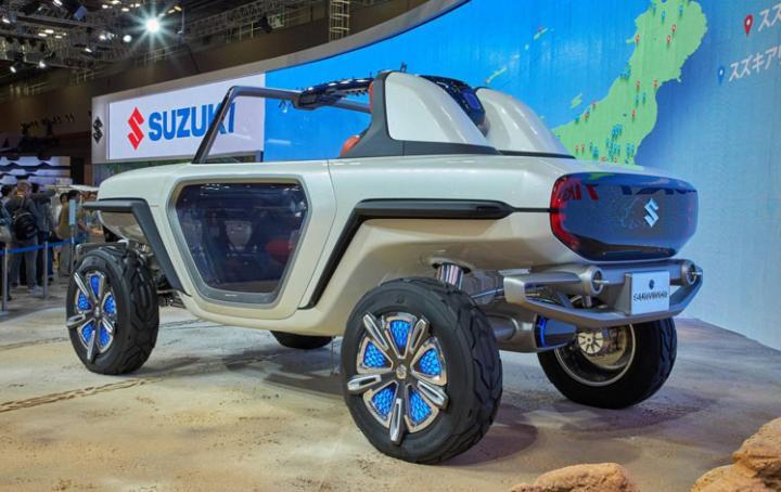 В Токио дебютировал компактный электрический внедорожник от Suzuki (фото)