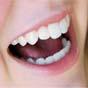 Найден способ восстановить зубы без пломб