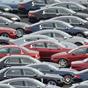 Европейцы стали больше покупать легковых авто