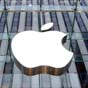 Продажи iPhone падают третий квартал подряд - аналитики (инфографика)