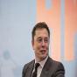 Маск: через год мы выпустим новую платформу Tesla с тремя электродвигателями и скоростным режимом Plaid Mode