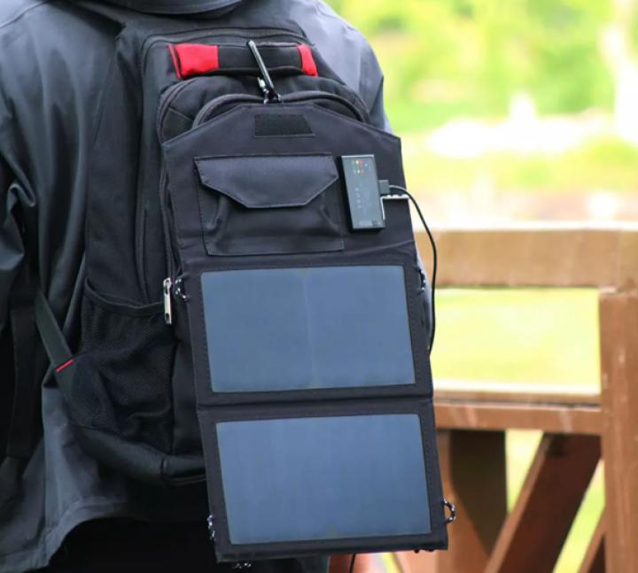 Xiaomi выпустила пауэрбанк с быстрой зарядкой на солнечных батареях (фото)