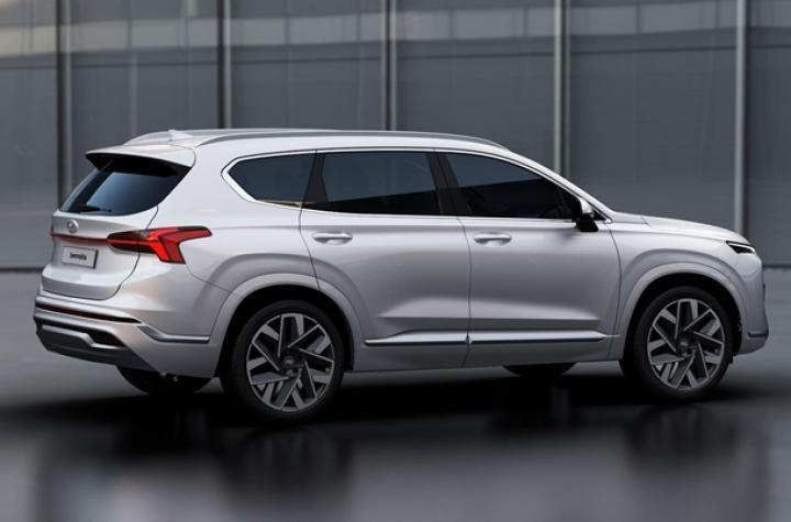 Hyundai показал обновленный Santa Fe (фото)